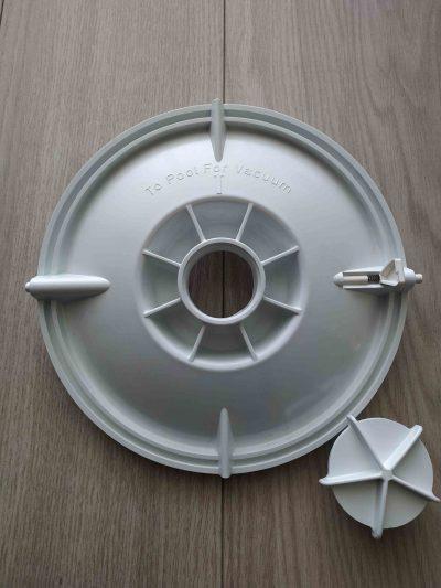 vacuum plate Pentair Quiptron open 1 scaled